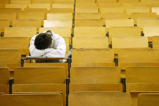 Precarious Employment: School Secretaries