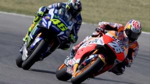 Dani Pedrosa leads Valentino Rossi at Misano World Circuit