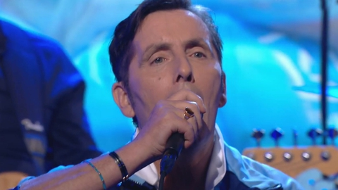 Up for the Match Extras: Aslan perform 'Crazy World'