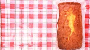 Molly Makes Granny's Lemon Drizzle Cake! Watch the video below and get baking!