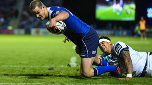 Jonny Sexton touches down for a Leinster try