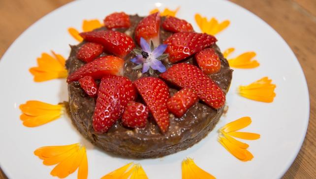 Alix Gardner shares her amazing recipe for vegan chocolate mousse!