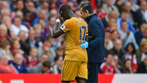 Moussa Sissoko leaves the field injured on Saturday