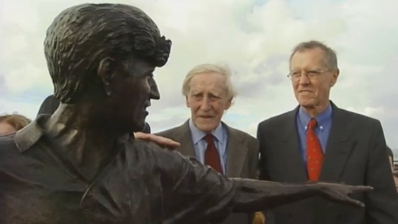 Richard Harris Statue 2006