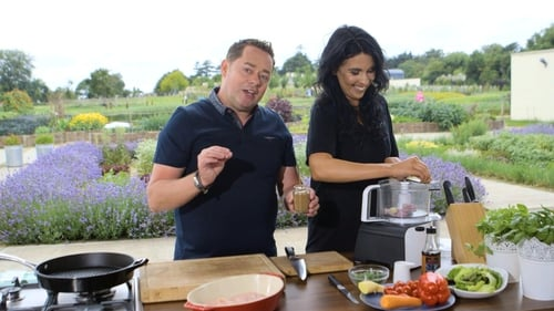 The Today Show: Neven Maguire's Vietnamese Chicken Salad
