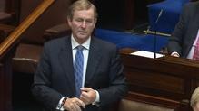 An Taoiseach Enda Kenny ag míniú seasamh an rialtais ar cheisteanna cáin ioncaim sa Dáil inniu
