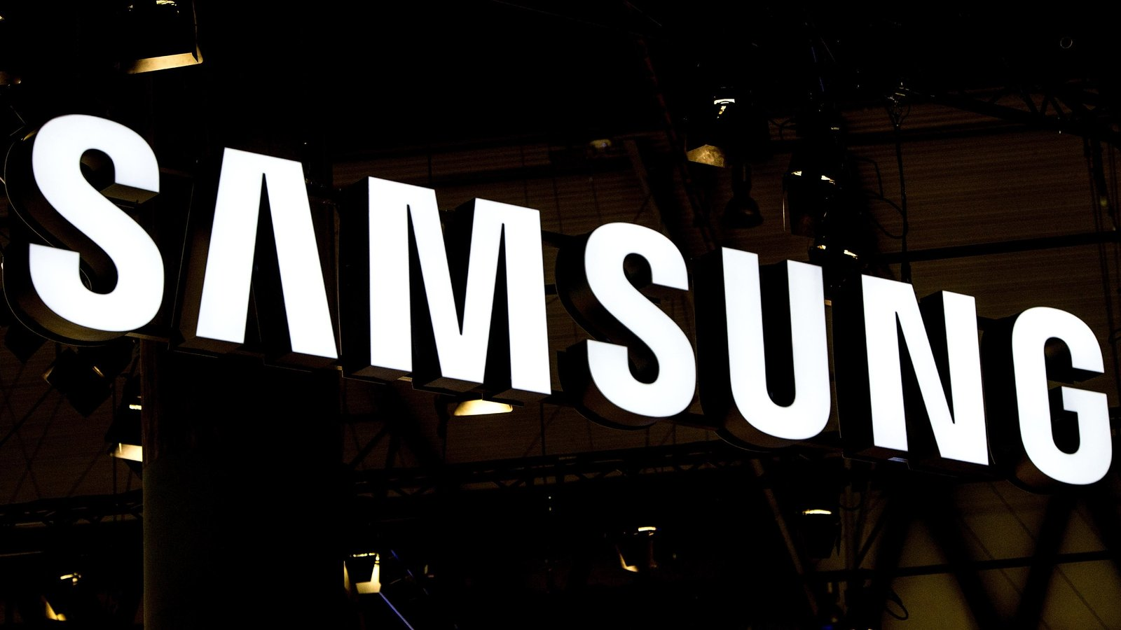 Samsung sued over reports of 'exploding' washers