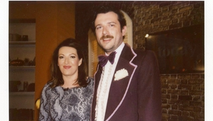 Today on Maura and Dáithí sees Kevin McGahern don a 70's style tux complete with bow tie and frilly shirt to ask Maura to go to the Debs with him. Watch below to see her reaction!