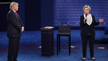 Trump scrambles as final debate looms