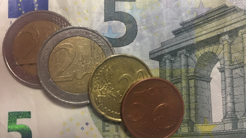 The Government has accepted the recommendation of the Low Pay Commission to increase the National Minimum Wage from €9.15 to €9.25