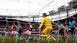 Theo Walcott scores Arsenal's second