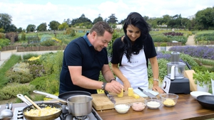 Every Monday on Today with Maura and Dáithí, Neven Maguire will focus on food for mums-to-be and kiddies. This week we're looking at his Chicken and Sweetcorn risotto for weaning children.
