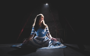 Miriam Needham stars in Blue Raincoast's Alice in Wonderland