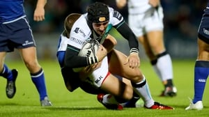 Sam Davies in action for Ospreys against Leinster