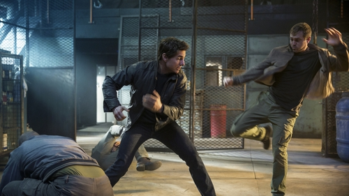 Tom Cruise punches above his weight in Jack Reacher: Never Go Back
