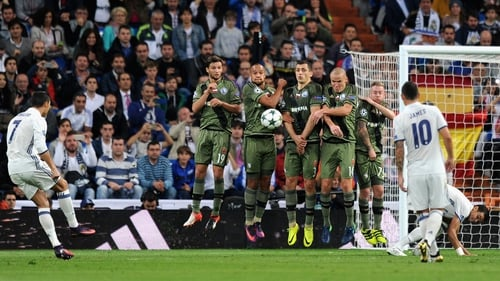 Cristiano Ronaldo takes a freekick for Real Madrid