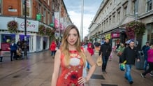 RTÉ 2 has an exciting new quiz show that is taking to the streets of Ireland to find out how quickly we can search our brains, or even our smartphones, for an answer. We caught up with presenter Niamh Gerney to find out more!