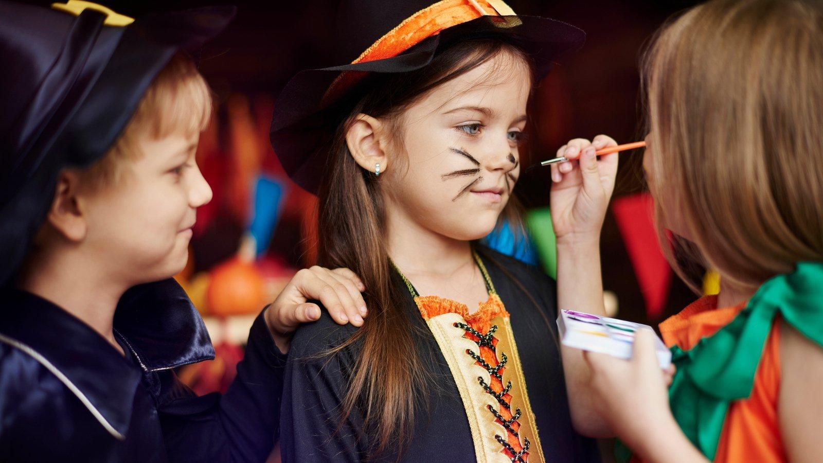 5 Easy Halloween Face Painting Ideas