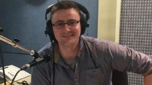 Micheál Ó Leidhin;Dara Murphy fágaint slán le Dáil Éireann.