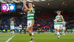 Scott Brown has signed a new two-year contract with Celtic