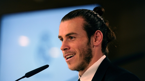Bale signs new contract with Real Madrid until 2022