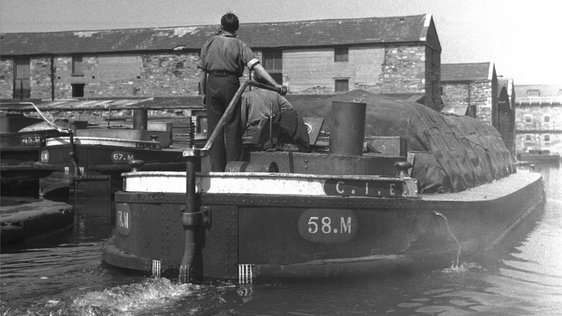 Canal barge, Long's Place, Dublin. Photog by Nevill Johnson