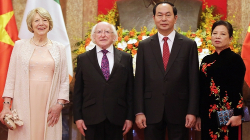 President Higgins and his wife Sabina Higgins with Vietnamese President Quang and his wife Nguyen Thi Hien