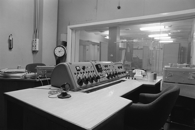 RTÉ radio studio at Henry Street (1973)