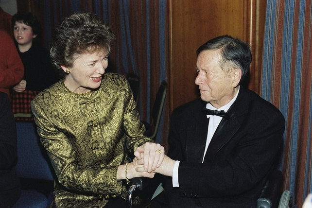President Mary Robinson and Michael O'Hehir (1996)