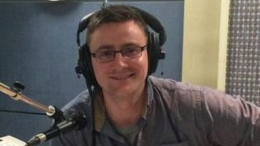 Micheál Ó Leidhin, Eagraí Polaitíochta RTÉ Raidió na Gaeltachta.