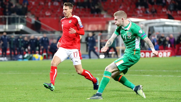 Late Jonathan Walters strike rescues Republic of Ireland against Austria