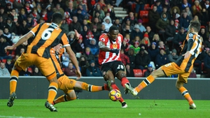 Victor Anichebe scores Sunderland's second goal against Hull