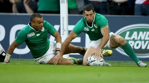 Simon Zebo (L) and Rob Kearney are among Ireland's injury doubts