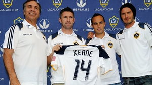 Bruce Arena (L) was Robbie Keane's manager at La Galaxy