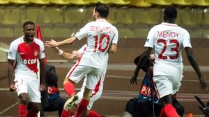 Monaco's French midfielder Thomas Lemar (L) celebrates scoring his team's winner