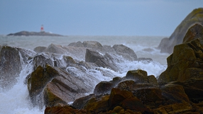 Stormy conditions at the 40 Foot in Sandycove (Pic: Cairbre Ó Ciardha)