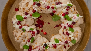 Sharon Hearne Smith's Almond Meringue Wreath with Cranberry & Maple Compote.