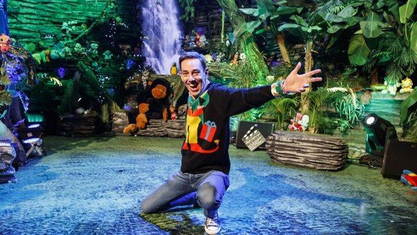 Ryan Tubridy is your excited host on the Late Late Toy Show