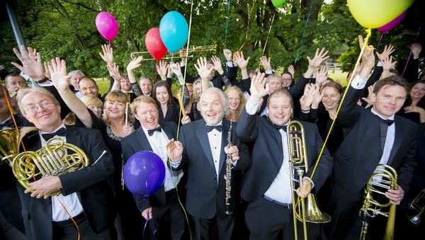 RTÉ Concert Orchestra with oboeist David Agnew, centre