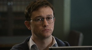 Joseph Gordon-Levitt wants President Obama to pardon Edward Snowden