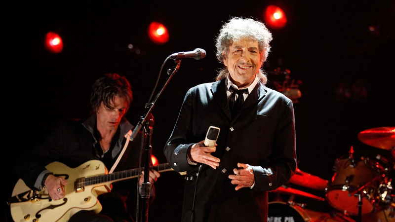 Bob Dylan finally accepted his Nobel Prize
