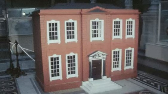 Georgian style doll's house 1976