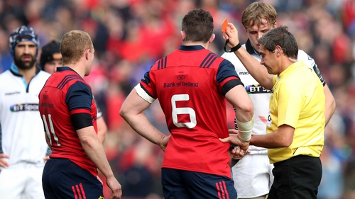 Keith Earls is sent off against Glasgow