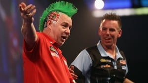 Peter Wright keeping it festive at the Palace