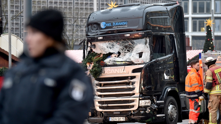 Eerie calm descends on Berlin market following attack