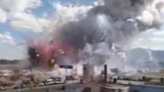 Death toll rises after Mexico fireworks market blasts