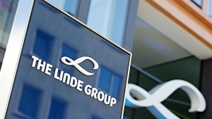 Under the terms of the deal, existing Linde and Praxair shareholders would each own about 50% of the combined firm