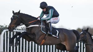 Altior heads for Sandown in red-hot form