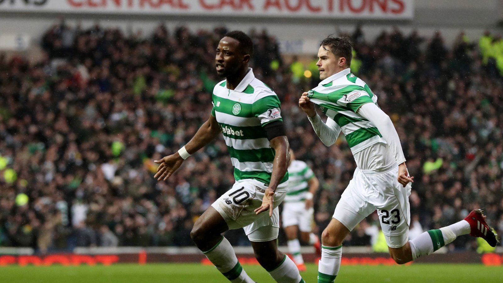 Celtic come from behind to book semi-final spot