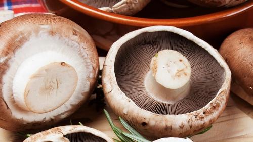 Mushroom, Ham & Swiss Cup Scramble